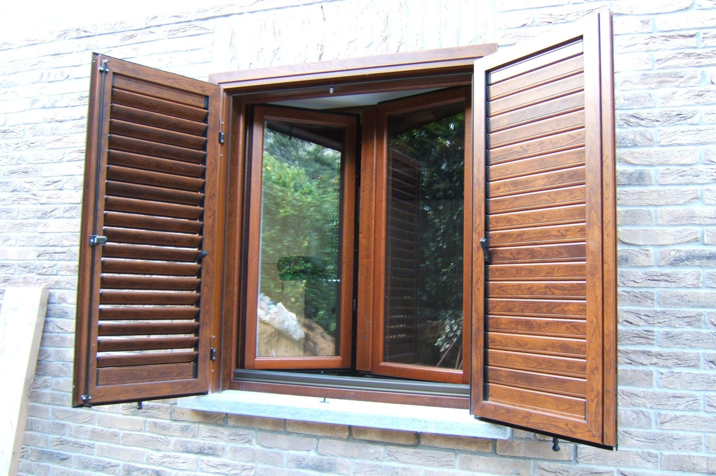 Porte e finestre in alluminio ditta brunatti - Condensa finestre alluminio ...