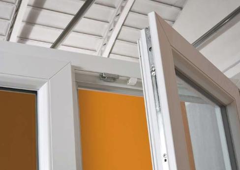 Ditta brunatti produzione porte e finestre in alluminio for Porte e finestre pvc